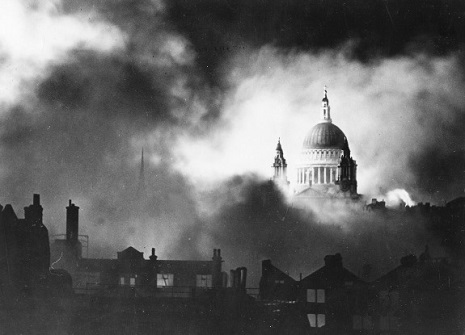 St Pauls during the blitz